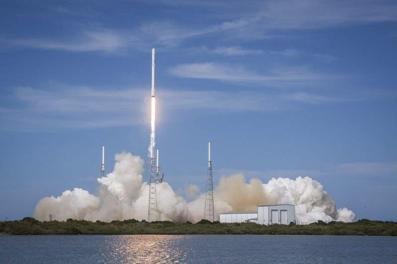 SpaceX, Tesla, Elon Musk