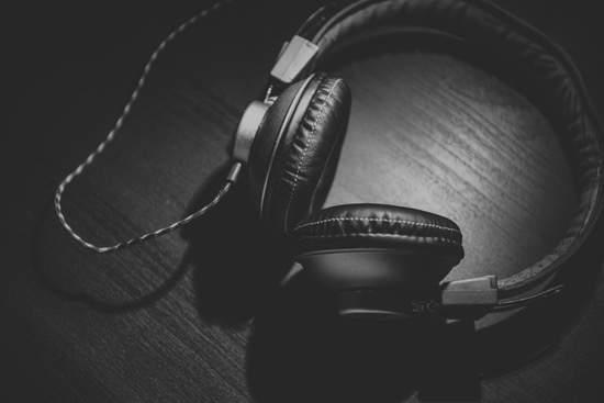 Best business audiobooks -Compelo