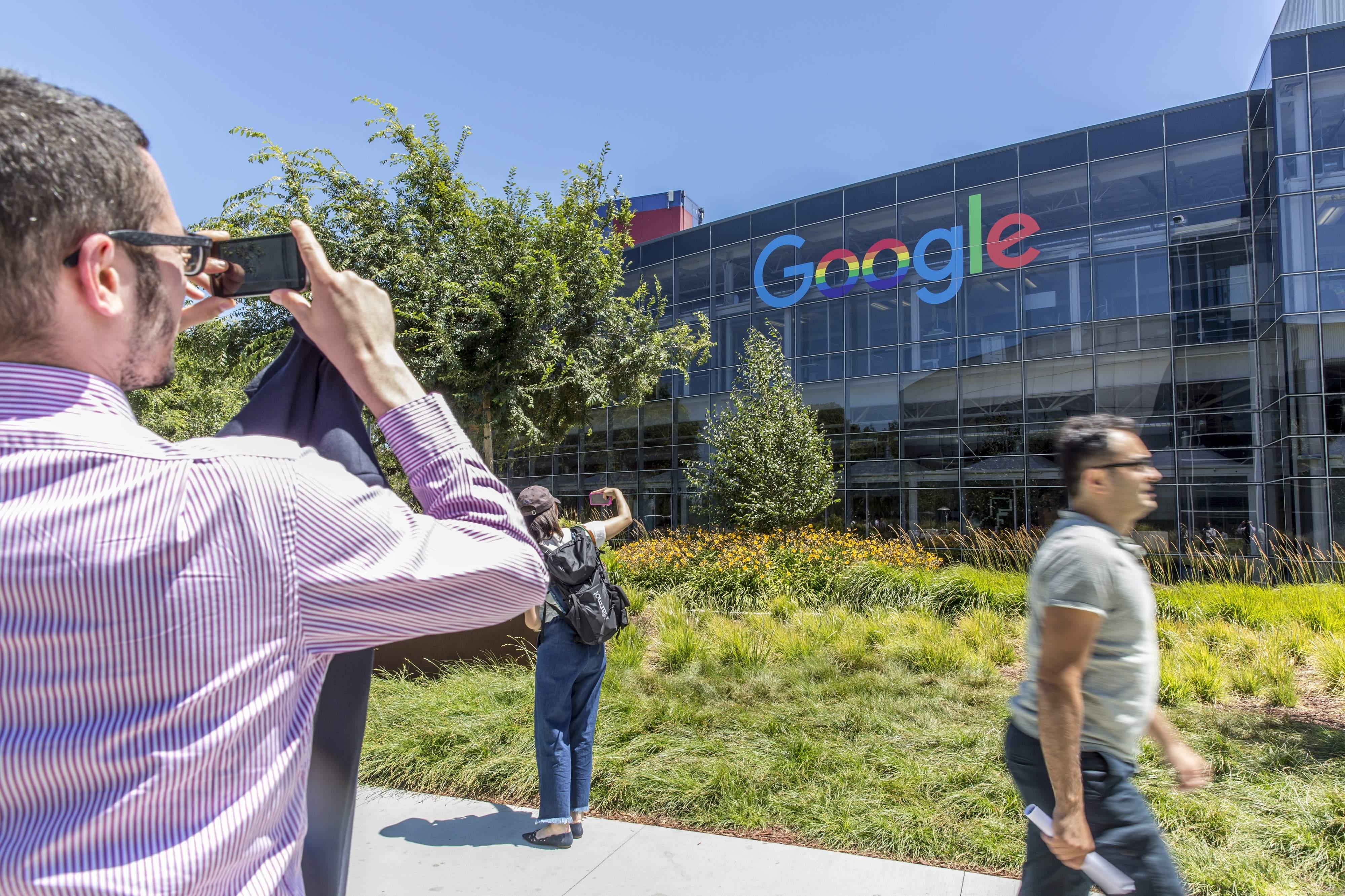 Google, Silicon Valley