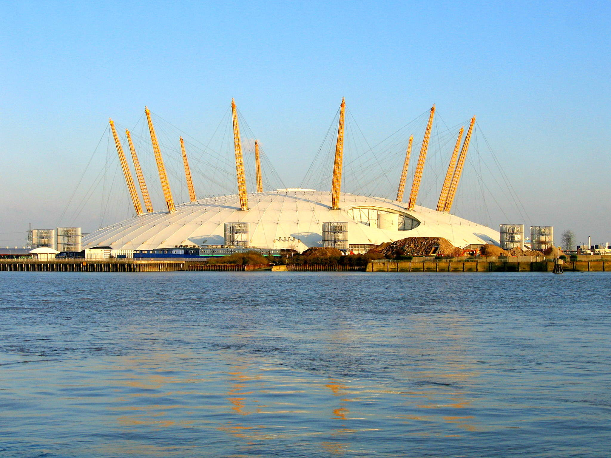 Millennium Dome, delayed construction projects in the UK