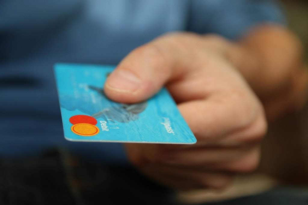 Credit card, bank account, why you should swap banks