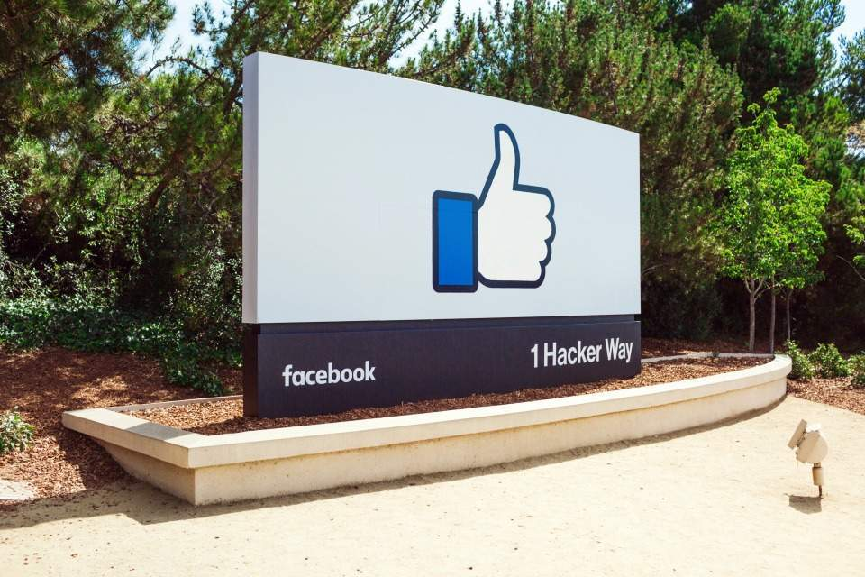 technology used by facebook, Furman review